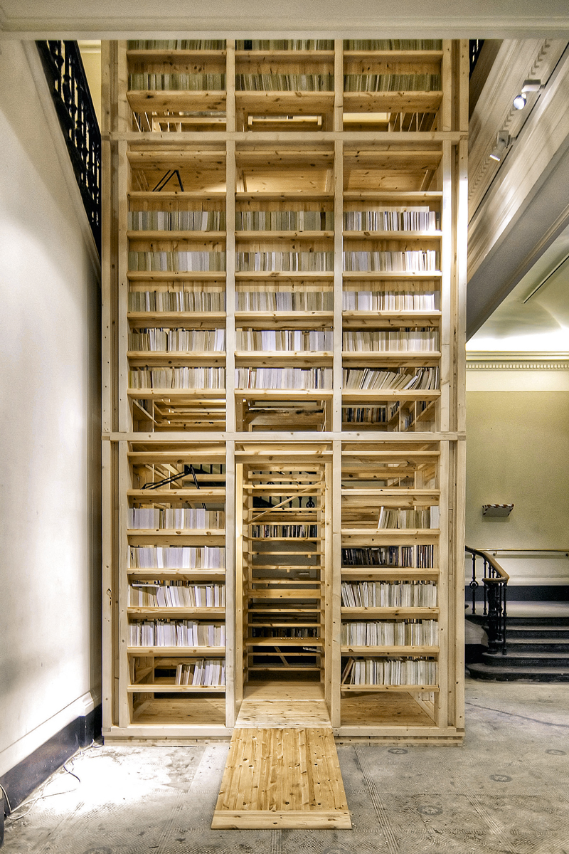 ARK Booktower by Rintala Eggertsson Architects, Commisioned by Victoria & Albert museum, London (photo from Taschen)