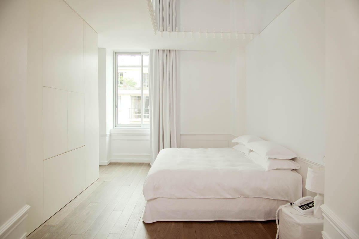 Suite 143, photo: la maison Champs Elysees, Paris