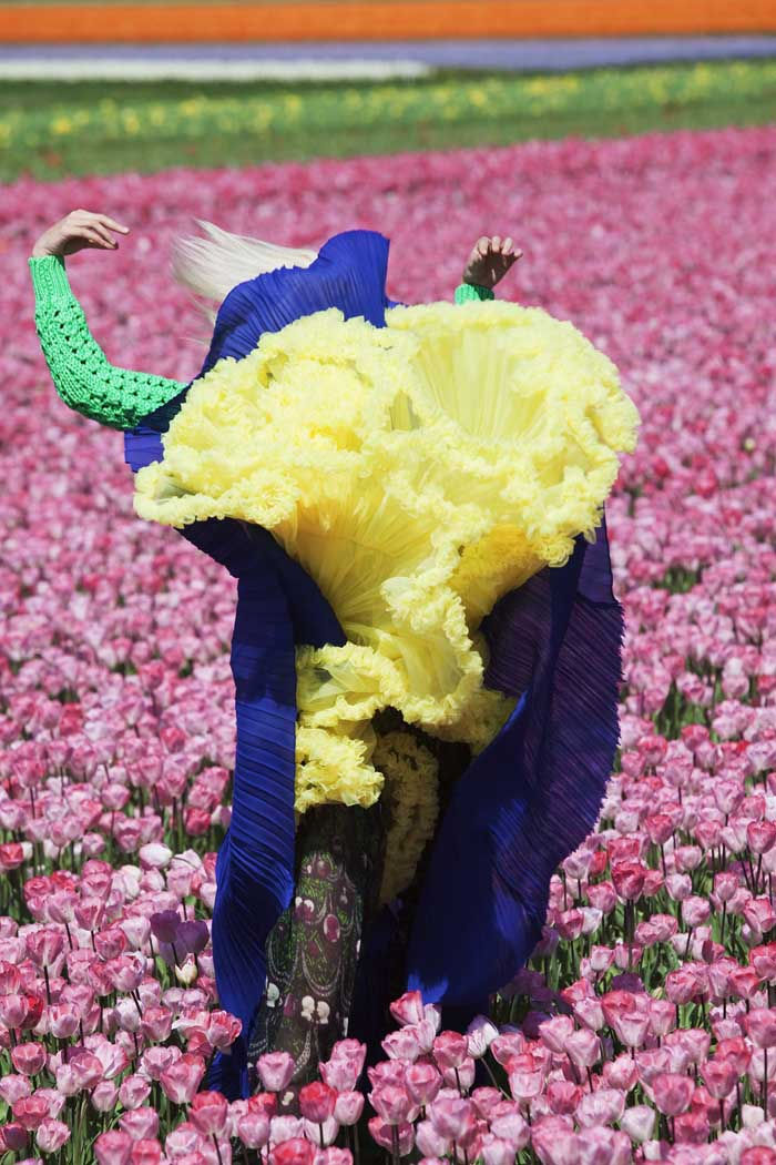 02_PressImage l Viviane Sassen, In Bloom, 2011