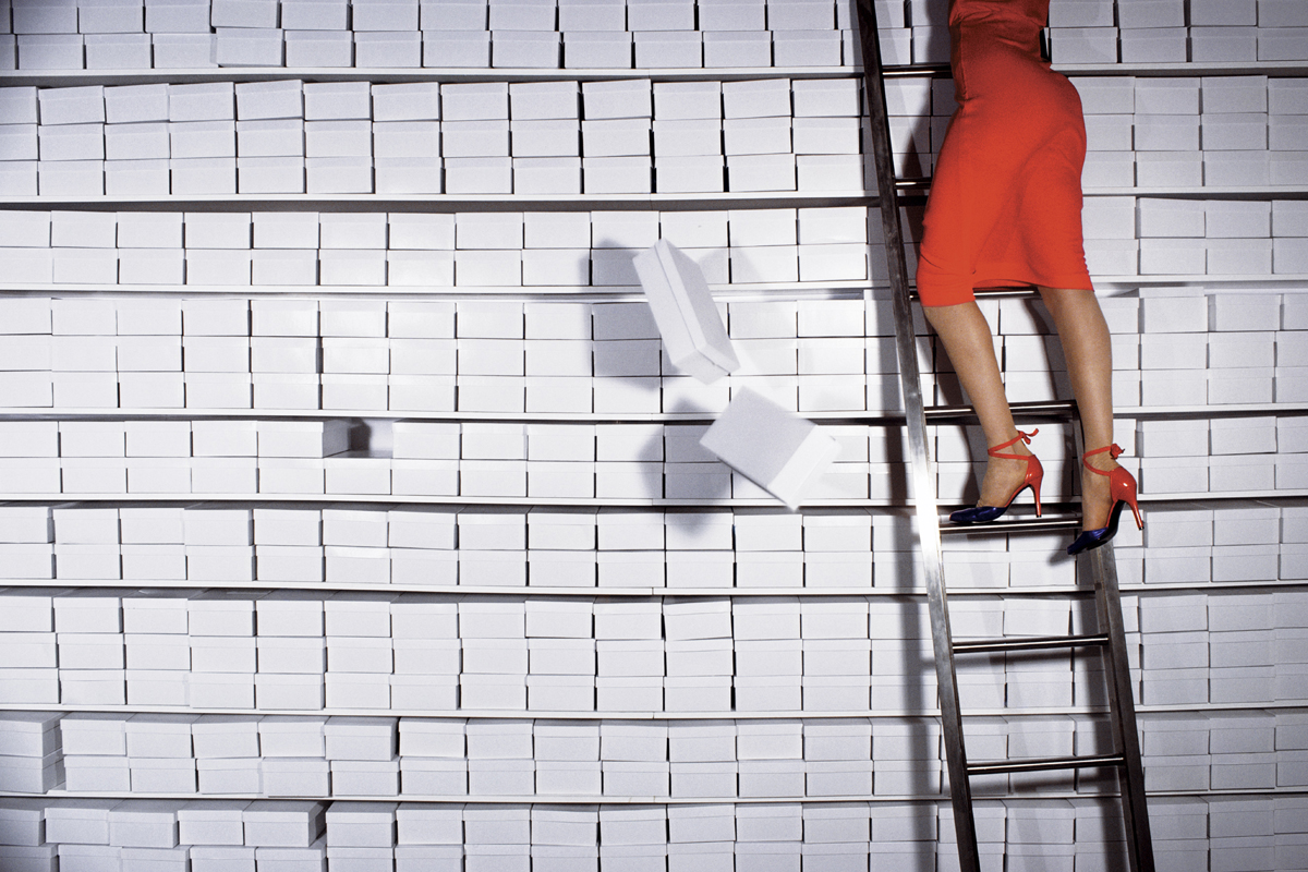 2. Charles Jourdan, Fall 1977 © Guy Bourdin