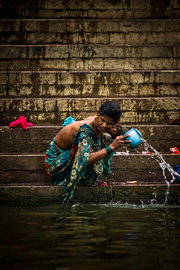 Bathing in the Ganges Varanasi India 15th Dec 2014_12_ Julian_Bound