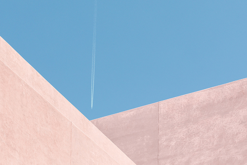 Complementing Architecture with Photography